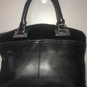 Tignanello Woman's Leather Purse Hobo Strap Black